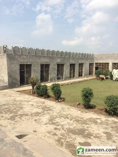 4 Kanal Fully Furnished Farm House For Sale