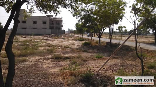 665 Sq Yard Residential Plot For Sale In Gulistan-e-Jauhar - Block 9-A