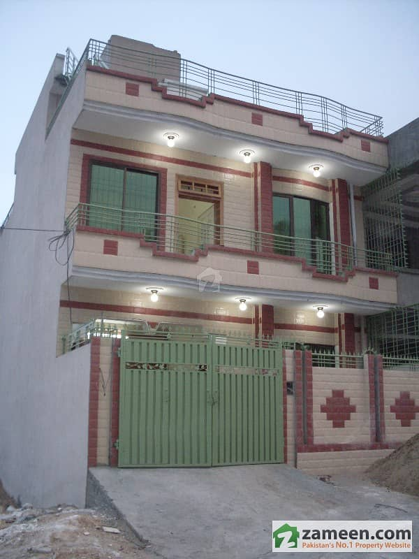 beautiful house with a beautiful view sector f3part4