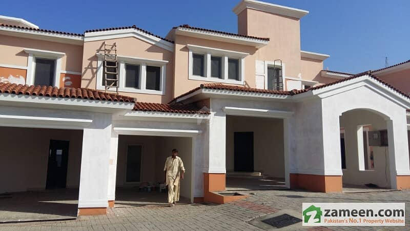 Luxury Villa Of Emaar DHA For Sale