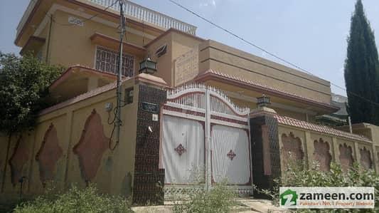 11 Marla House On Corner Plot