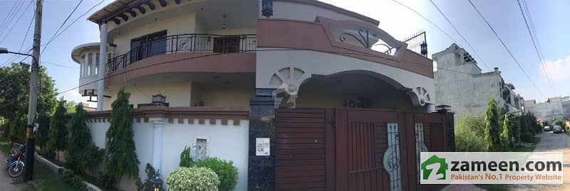 Triple Storey 1 Kanal Home