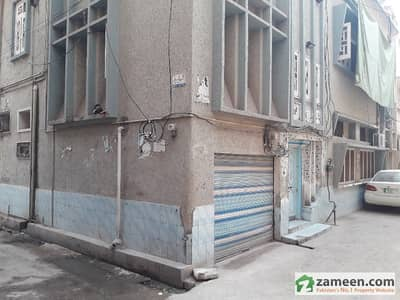 8 Marla Triple Storey House In Good Condition 11 Rooms 5 baths
