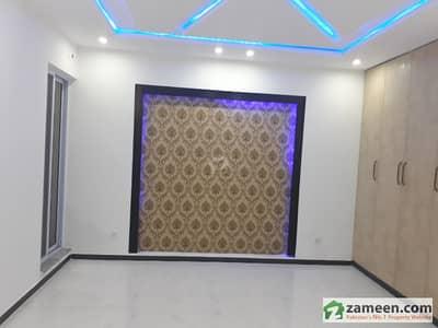10 Marla Brand New House For Sale 60 Feet Road In Tariq Garden