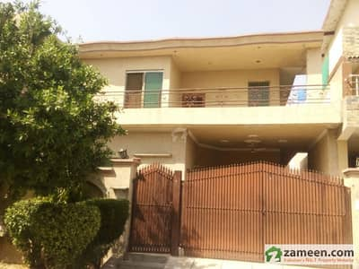 10 Marla Residential House For Sale
