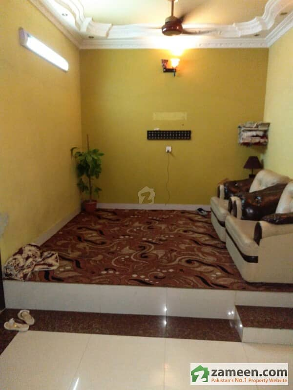 Flat For Sale At Old Campus Colony Near Mustafa Masjid