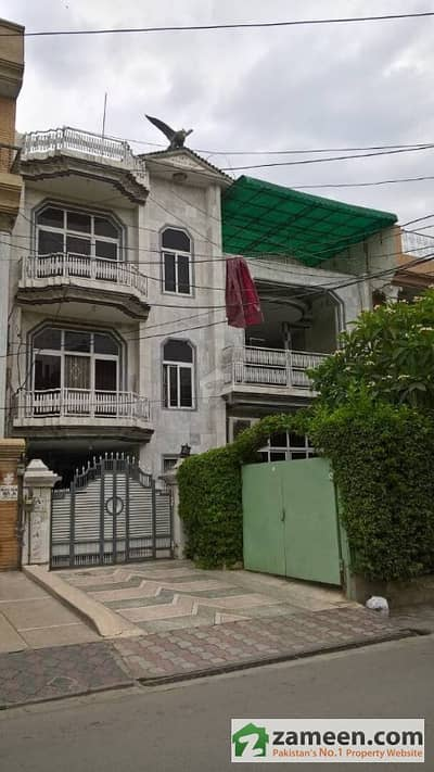10 Marla Semi Commercial House In Karim Block Market Area Ideal Hot Investment