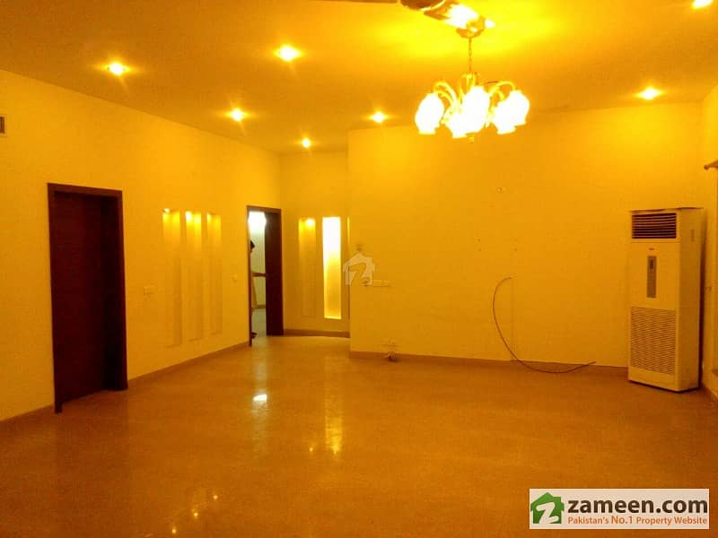 All Real Picture Kanal House Corner Colony For Sale Just 2 Year Old Brand New Condition