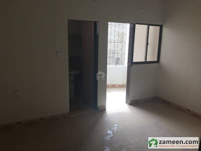 550 Sq Feet Apartment 2nd Floor For Sale