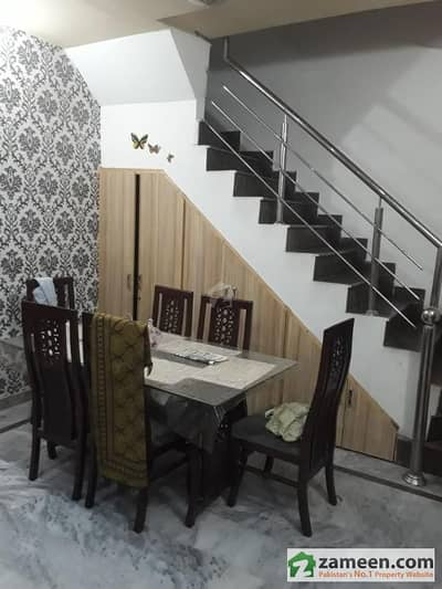 Johar Town 5 Marla 2 Year Old House For Sale