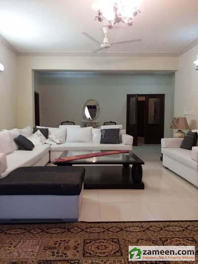 Apartment 4 Bed F11 Fully Furnished For Rent