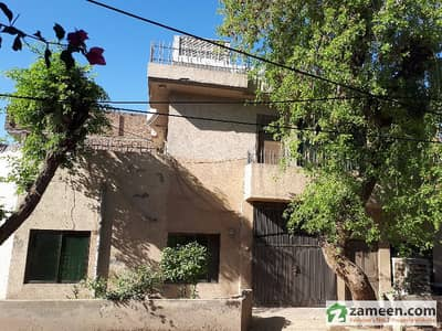 5 Bed Corner House Near Sunehri Masjid