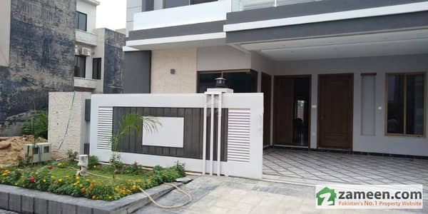 G-14/4 25x50 House For Sale Sun Facing Excellent Location