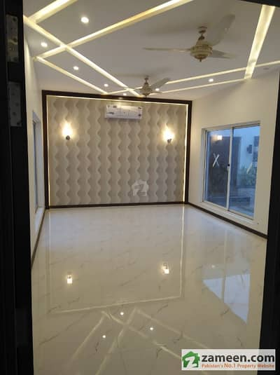 Lavish 6 Bed Room House For Sale In Dha Phase 7 R Block