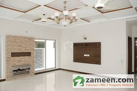 Main cantt 13 Marla brand new bungalow