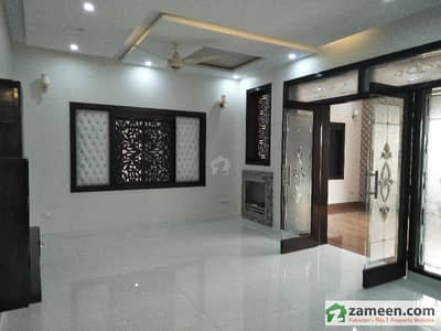 10 Marla Beautiful Upper Portion For Rent