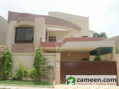 West Open 350 Sq Yard 5 Bed DD Bungalow For Sale Near To Main Shahrah E Faisal  In Only 965