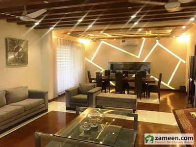 2kanal Beautiful Owner Built Royal Place Out Class Modern Luxury Bungalow For Sale In Dha Phase V
