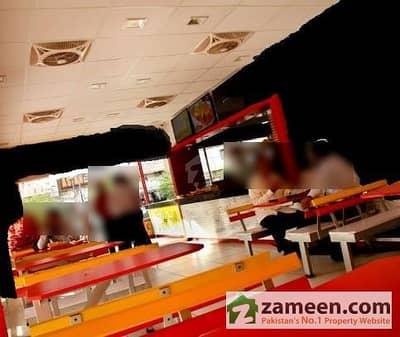 Restaurant Space 200 Sq yd Main Shaheed E Millat Behind