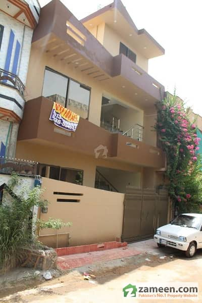 10 Marla House For Sale Pakistan Town 1