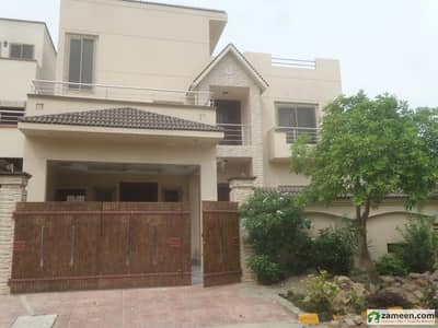 6 Bedroom 10 Marly House For Sale