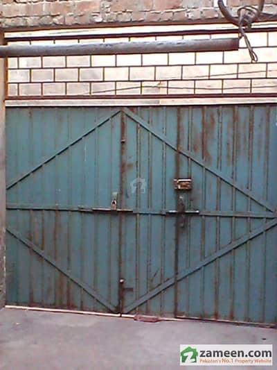 Rent A House At 9 No. Chungi, Multan