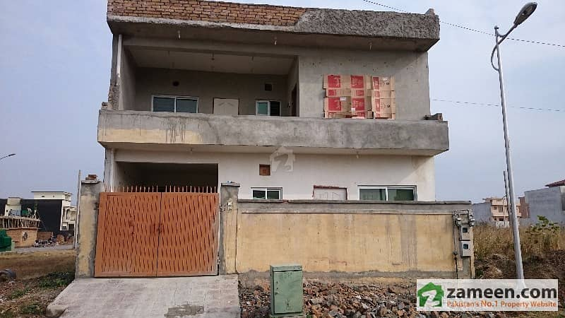 8 Marla Unfinished House  A Low Priced Opportunity