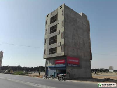 100 Squrae Yard Commercial Building G4 Available For Sale