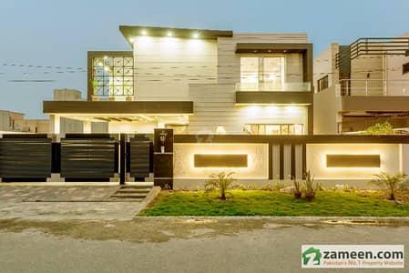 Original Pics 1 Kanal Brand New Lavish Dream Palace For Sale