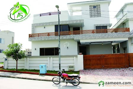 Al Sammar Offers - Dha 2 Sector A - 500 Sq Yard Double Unit House For Sale