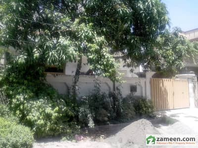 15 Marla Double Storey Supper Location For Rent In Joher Town Lahore