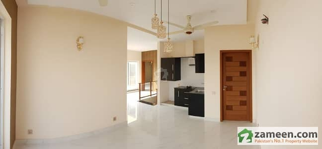 Most Elegant Bungalows 10 Marla Marvelous And Splendid House