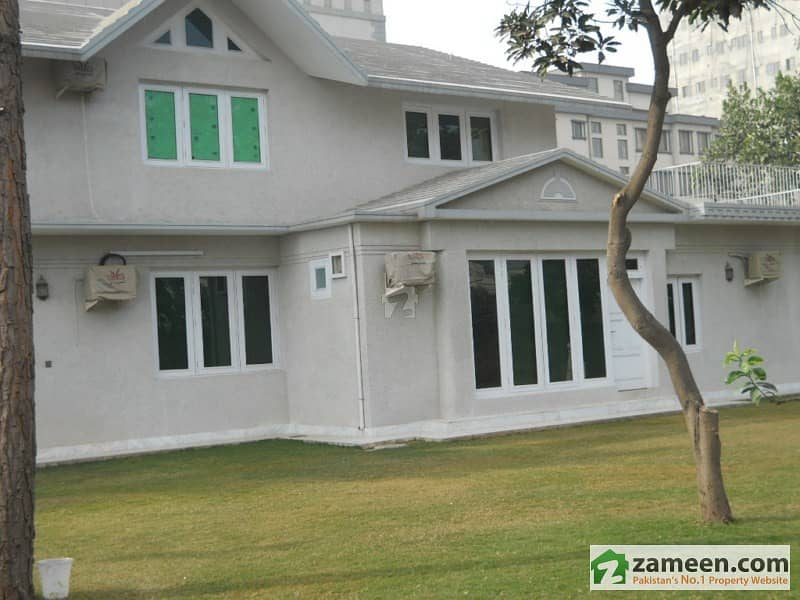 Corenr House For Sale In Hayatabad