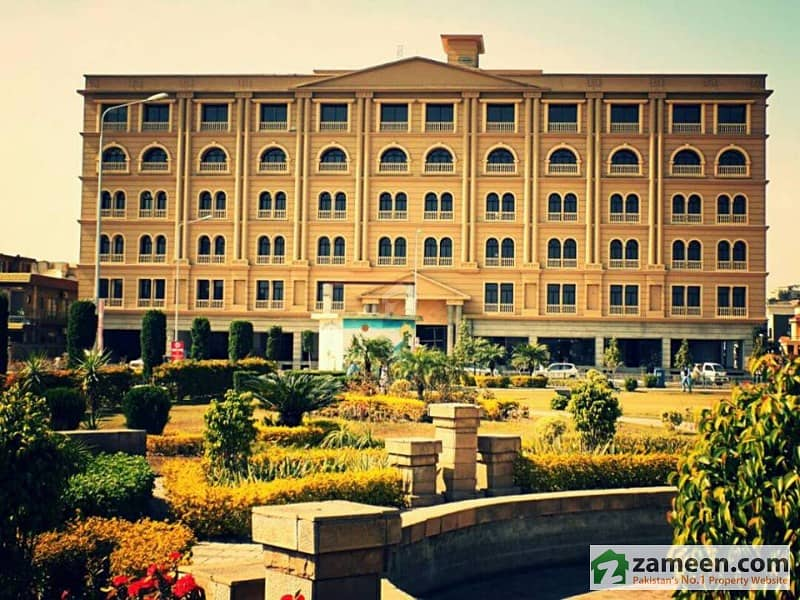 3 Bed Apartment In The Grande Bahria Town Phase For