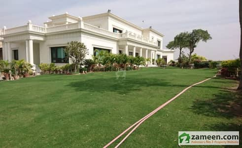 3000 Yard Bungalow For Sale