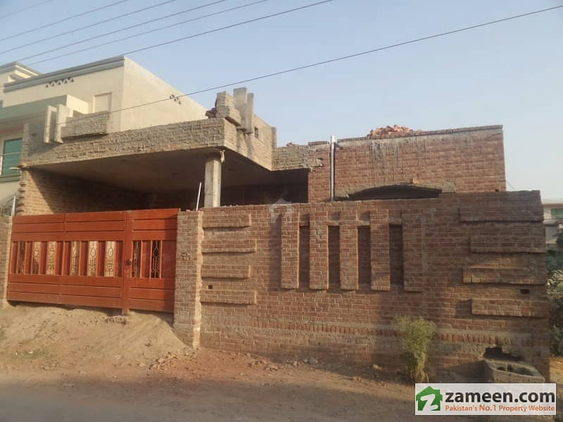 House Is Available For Sale In Habib Town Sahiwal