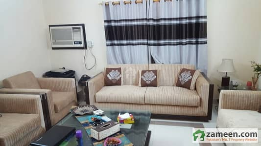 4 Bed Flat Drawing Lounge West Open
