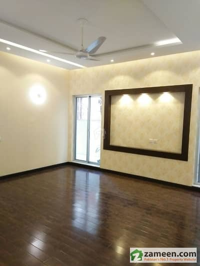 1 Kanal Brand New Luxurious Upper Portion In Air Line Housing Society