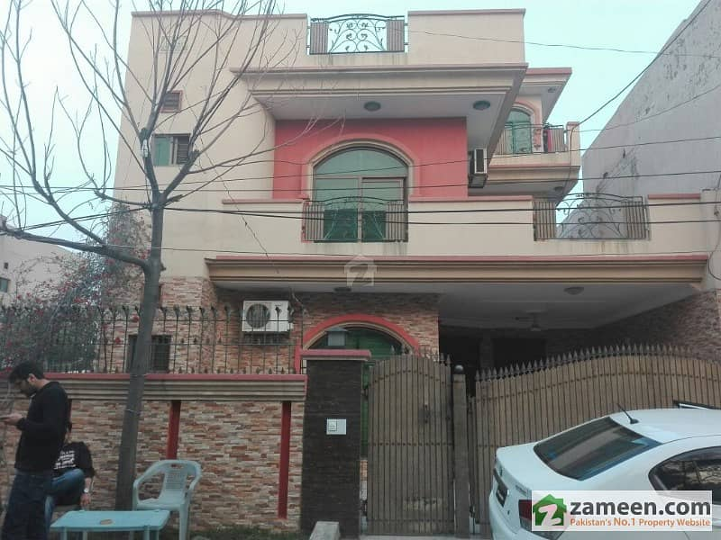 12 Marla Double Storey House At Johar Town Near G1 Market
