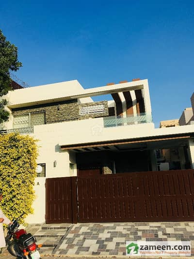 10 Marla Beautiful House For Rent In Dha Lahore