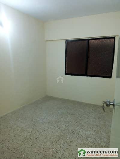 نارتھ کراچی ۔ سیکٹر 11ای نارتھ کراچی کراچی میں 2 کمروں کا 4 مرلہ فلیٹ 27 لاکھ میں برائے فروخت۔