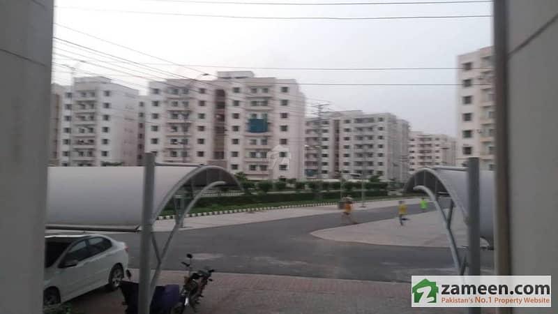 عسکری 11 عسکری لاہور میں 3 کمروں کا 10 مرلہ فلیٹ 1.75 کروڑ میں برائے فروخت۔