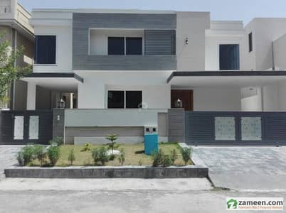 3 Storey House House Is Available For Sale