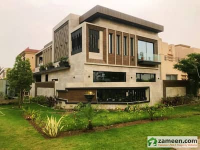 Syed Brothers Offers 10 Marla Brand New Most Elegant Corner Bungalow