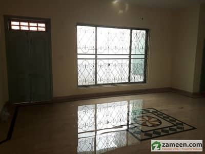 1 Kanal Double Storey House For Immediate Rent