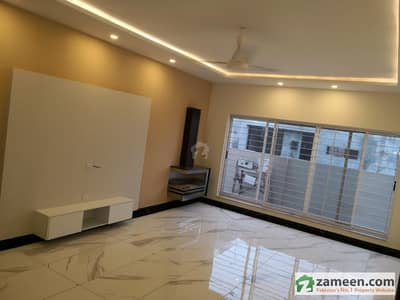 Brand New Kanal 6 Bed House       For Sale
