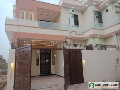 6 Marla Beautiful Corner House For Sale Few Yards Away From Main Road