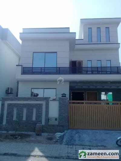 Dha Phase 2 Sector J 10 Marla 5 Beds Brand New House