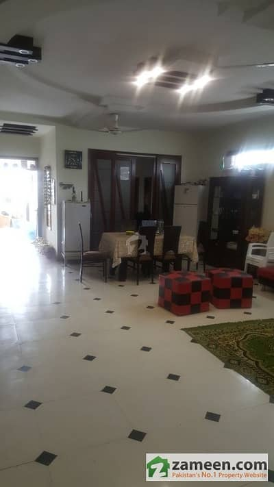 240 Square Yards Second Floor Portion For Sale