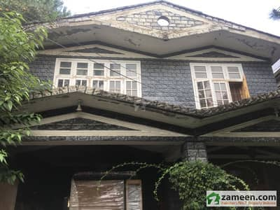 Furnished Five Bed Room Double Storey House For Rent